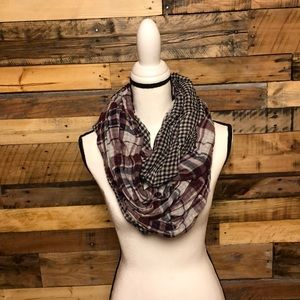 LOFT Plaid scarf